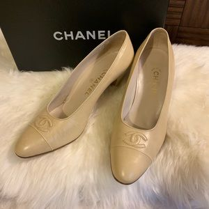 Chanel Vintage Leather Pumps / Heels